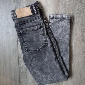 Zara girl distressed skinny jeans